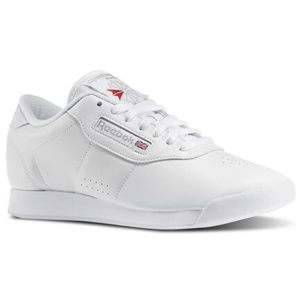 Between cushion and timeless style, let this women\'s shoe cast its spell over you. You\'ll fall hard for the clean upper design with subtle perforations and stitching. The Union Jack symbol sits right below the laces for heritage style. Synthetic leather upper for instant comfort EVA midsole/lightweight cushioning Soft terry lining/moisture absorption and comfort Padded foam sockliner/comfort and cushioning Padded foam sockliner adds cushion Soft terry lining absorbs moisture Sidewall perforations and a Union Jack symbol