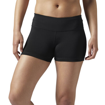 Find your stride in these shorts. Speedwick technology knocks down sweat with breathable, moisture-wicking fabric. The slim fit wears close to your body and moves with you while keeping your profile sleek. 91% Polyester / 9% Spandex, single jersey fabric for stretch and comfort Slim Fit - wears close to the body and moves with you during exercise Speedwick technology wicks sweat away from the body to help you stay cool and dry Tight waistband stays secure Imported