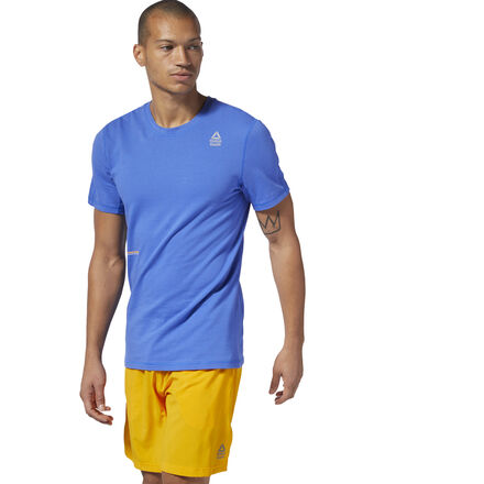 The next best thing to shirtless. This men\'s training t-shirt is made of mesh with a soft cotton feel to provide maximum ventilation and barely-there comfort. It\'s designed with a slim fit. 96% cotton / 2% spandex / 2% polyester mesh Designed for: CrossFit Slim fit; CrossFit-specific fit We partner with the Better Cotton Initiative to improve cotton farming globally Imported