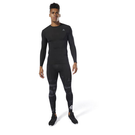 A supportive feel plus breathable comfort. These men\'s tights offer a compression fit and are built with sweat-wicking fabric for cool, dry workouts. Flatlock seams lie smoothly against the skin for chafe-free movement during high-intensity training sessions. 86% polyester / 14% spandex single jersey Designed for: High-intensity training Compression fit Speedwick fabric wicks sweat to help you stay cool and dry Flatlock seams sit flat against your skin for chafe-free comfort Imported