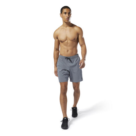 Focus on every rep in comfort. These men\'s training shorts are made with Speedwick fabric that manages heat and moisture. Hand pockets provide a place for your essentials, and an adjustable waist lets you get a custom fit. 100% recycled polyester plain weave Designed for: Training Regular fit Speedwick fabric wicks sweat to help you stay cool and dry Drawcord on waist for adjustability Hand pockets for essentials; 9\
