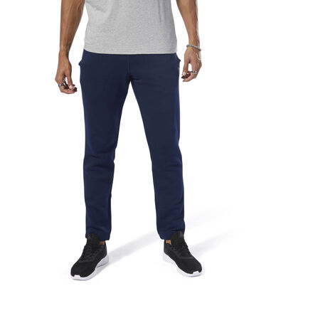 These men\'s joggers are made of a soft cotton blend for casual comfort. Hand pockets store your small essentials, while the adjustable waist offers a customizable fit. Cuffed hems keep them snug. 70% cotton / 30% polyester French terry Regular fit Drawcord on waist for adjustability Hand pockets Cuffed hems for snug fit We partner with the Better Cotton Initiative to improve cotton farming globally Imported