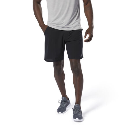 Power through every session in these men\'s training shorts. Made of sweat-wicking fabric for cool, dry comfort, they offer a stretchy fit that follows every move. Side slits enhance mobility, while the cordlock closure eliminates waistband bulk. 83% nylon / 17% spandex plain weave Designed for: High-intensity training Regular fit Speedwick fabric wicks sweat to help you stay cool and dry Cordlock closure provides ideal fit without any bulk Hand pockets for essentials Side slits for added mobility